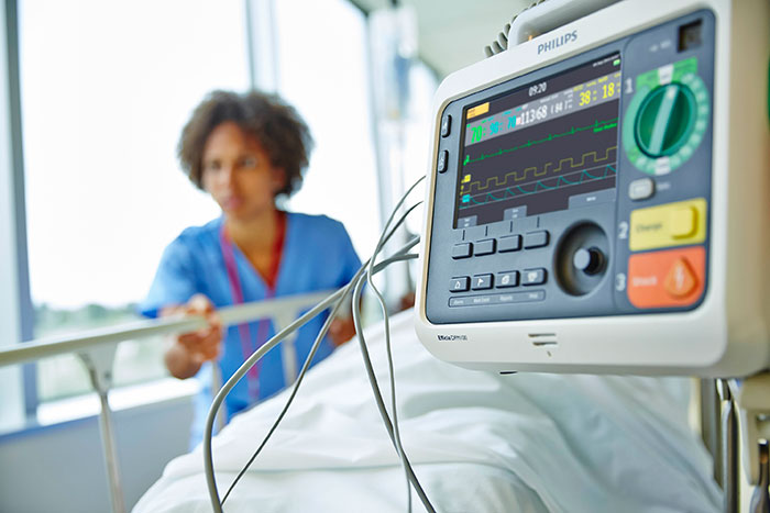 Philips' Efficia DFM100 Advanced Life Support system